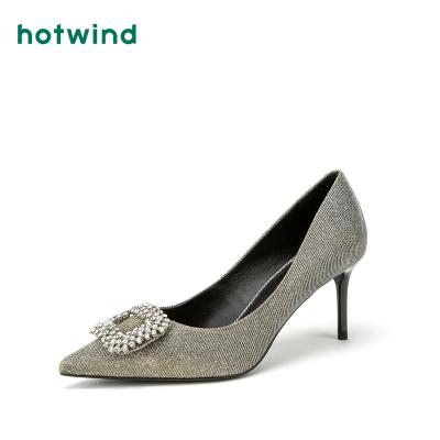 热风hotwind新款女士钻扣高跟鞋H04W8333
