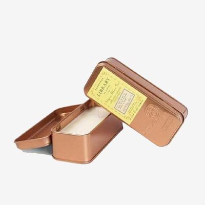 美國 PADDYWAX 鐵盒裝 埃德加.愛倫.坡 雙燭芯蠟燭