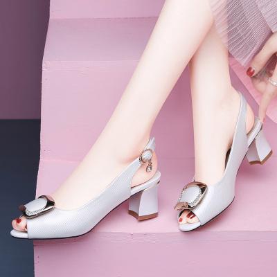百年紀念 魚嘴涼鞋女中跟2020新款時尚百搭夏季女鞋子一字帶粗跟高跟鞋 21356958
