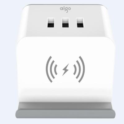 愛國者 無線充 USB 多功能家用電源插座 M0230Q 白色