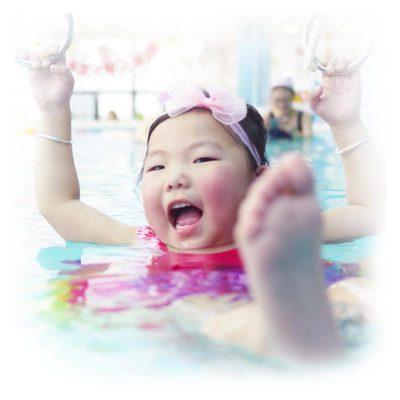 价值428元美国亲子游泳(一大一小)任意时段体验课1节