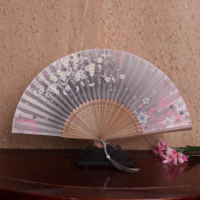 因樂思(YINLESI)女式真絲折扇古風小折疊扇中國風禮品漢服走秀古典易開合舞蹈扇子