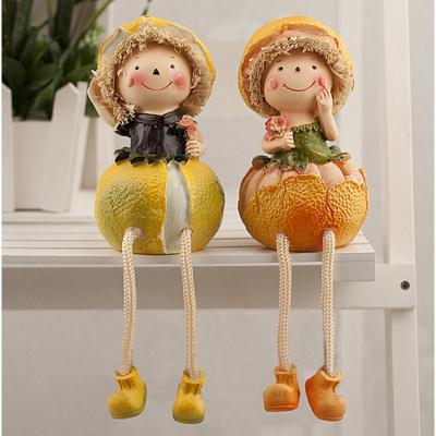 瑞仕茲 卡通可愛蔬菜水果吊腳情侶娃娃一對擺件創意田園家居工藝品裝飾品房間電視柜擺設送朋友圣誕節樹脂娃娃小禮品