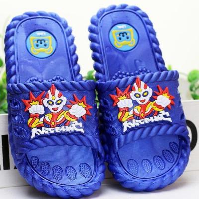 兒童拖鞋夏男女童寶寶新款浴室防滑室內外可愛卡通洗澡超人涼拖鞋