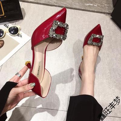 高跟鞋女細跟中空尖頭單鞋女淺口2020年春款新款性感漆皮紅色鞋子