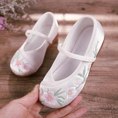 六梨老北京兒童布鞋漢服唐裝女童繡花鞋中國風古裝古風透氣小白鞋涼鞋