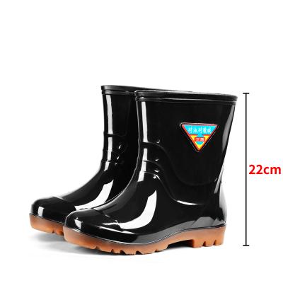 高筒雨鞋防水鞋男士中筒雨靴時尚雨鞋男廚房工作鞋防滑水鞋膠鞋男 莎丞