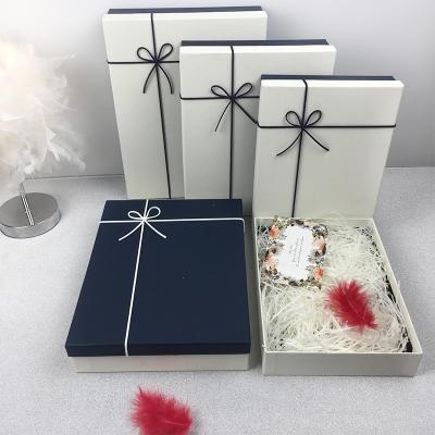 生日禮盒包裝盒創意精美韓版簡約小清新禮品盒子圍巾衣服鞋盒 白蓋藍底+禮袋 中號(30*23*6cm)
