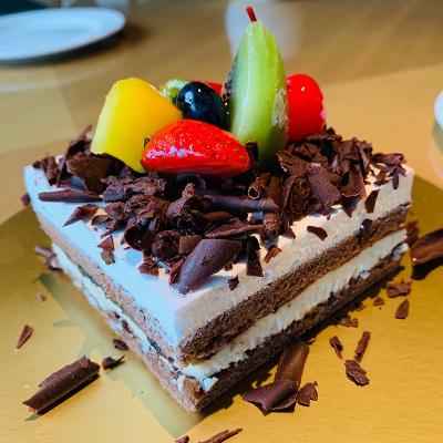 【易購新會員換購】黑森林蛋糕一份/100克電子券 南京玄武蘇寧諾富特酒店
