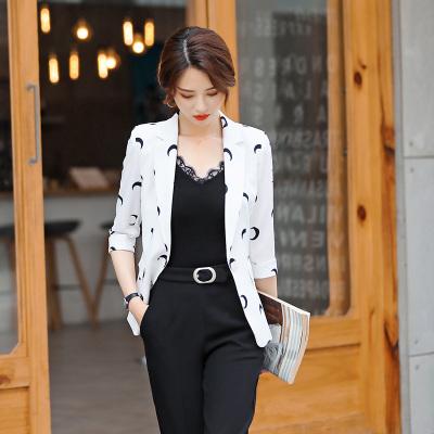 小样传奇 中袖小西装外套2019年夏季新款职业装女时尚印花名媛气质小外套