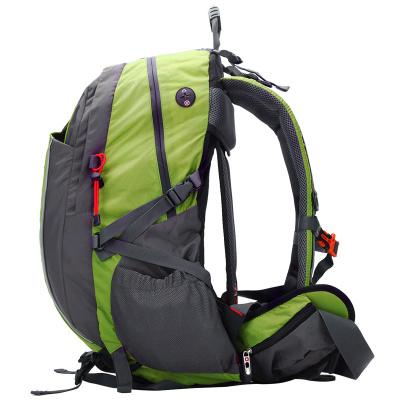 瑞士军刀SWISSGEAR登山包40L 时尚休闲双肩电脑包旅行背包 户外登山双肩包 JP-3040绿色40L