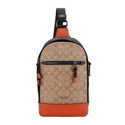 COACH 蔻驰 奢侈品 男士卡其橘色人造革配皮胸包挎包